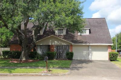 Missouri City Single Family Home For Sale: 16402 Quail Park Drive