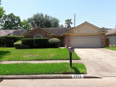Sugar Land Single Family Home For Sale: 3936 Frontier Drive