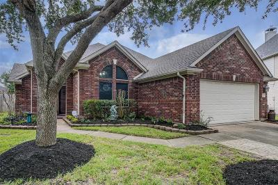 League City Single Family Home For Sale: 2209 Silent Springs Ct Court