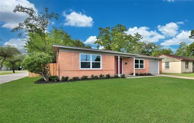 Houston Single Family Home For Sale: 10438 Aves Street