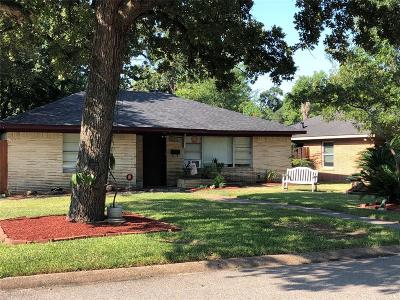 Houston Single Family Home For Sale: 2003 Wakefield Drive