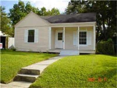 Pasadena Single Family Home For Sale: 213 Olive Avenue