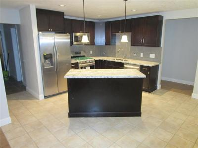 Houston TX Single Family Home For Sale: $163,000