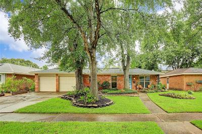 Houston Single Family Home For Sale: 2219 Willowby Drive