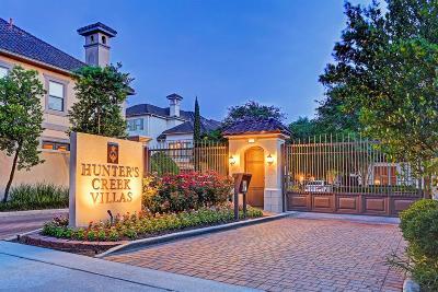 Houston Condo/Townhouse For Sale: 1214 E Hunters Creekway Drive