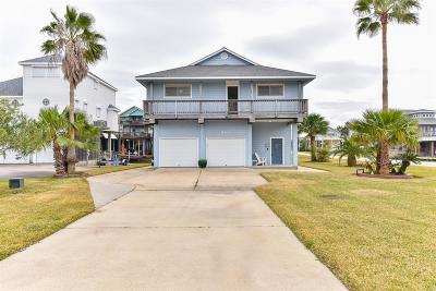 Tiki Island Single Family Home For Sale: 949 Tiki Drive Drive