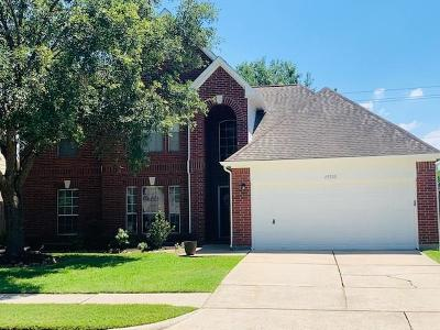 Friendswood Single Family Home For Sale: 15515 Contender Lane