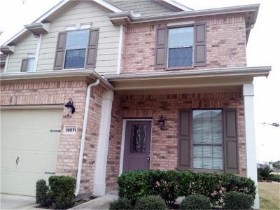 Houston Condo/Townhouse For Sale: 13071 E Stratford Skies Lane E
