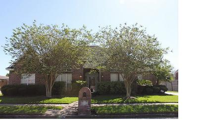 Baytown Single Family Home For Sale: 4434 Green Tee Drive