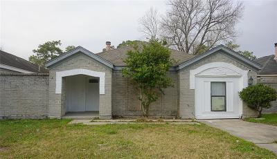 Single Family Home For Sale: 11839 Greencanyon Drive