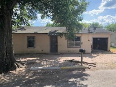 La Grange Single Family Home For Sale: 739 Eckel Street