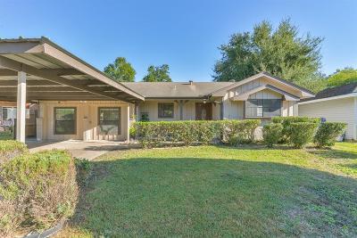 Pasadena Single Family Home For Sale: 2607 Hearne Drive
