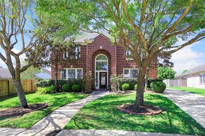 Shadow Creek Ranch Single Family Home For Sale: 2210 Cambridge Shores Lane