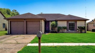 Missouri City Single Family Home For Sale: 1203 Mossridge Drive