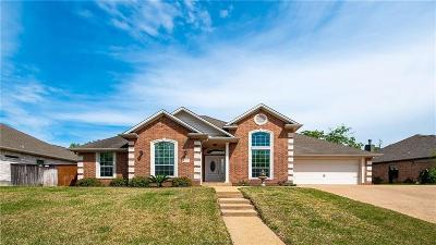 College Station Single Family Home For Sale: 4417 Woodland Ridge Drive