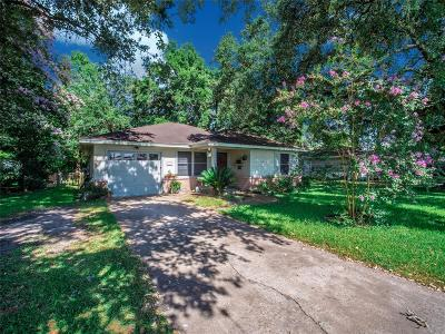 Pearland Single Family Home For Sale: 2411 S Austin Avenue