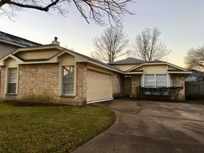 Houston Single Family Home For Sale: 16015 Mission Village Drive