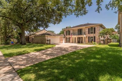 Single Family Home For Sale: 15115 Torry Pines Road