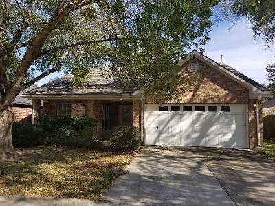 Pearland Single Family Home For Sale: 3517 Riverside Drive