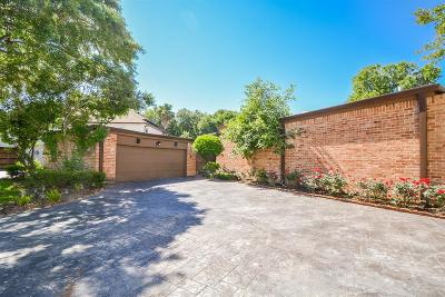 Sugar Land Single Family Home For Sale: 10 Charleston Street S