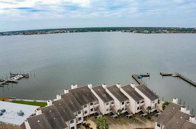Seabrook Condo/Townhouse For Sale: 3663 Nasa Parkway #604