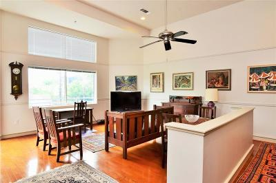Harris County Mid/High-Rise For Sale: 3311 Yupon Street #311