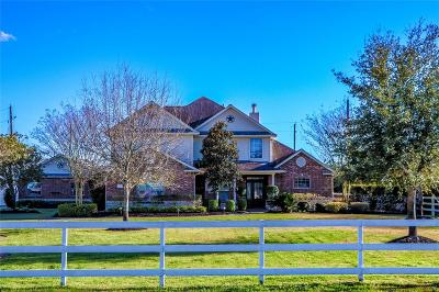 Katy Single Family Home Pending: 1611 Winding Canyon Court