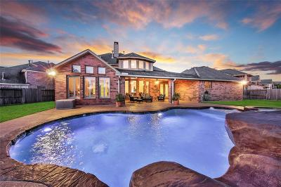 Fulshear Single Family Home For Sale: 5922 Settlers Creek Court