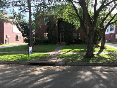 League City Single Family Home For Sale: 107 Lake Point Court