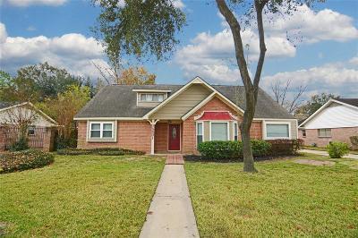 Houston Single Family Home For Sale: 15401 Mauna Loa Lane