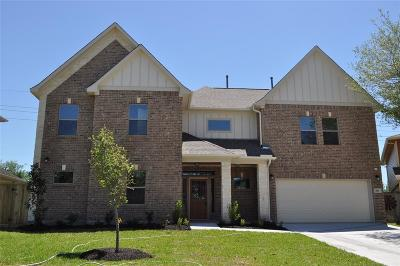 Katy Single Family Home For Sale: 819 Victoria Lakes Drive