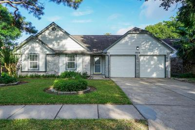 Katy Single Family Home For Sale: 7015 Pembrough Lane