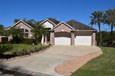 League City Single Family Home For Sale: 2448 Fairway Pointe Drive