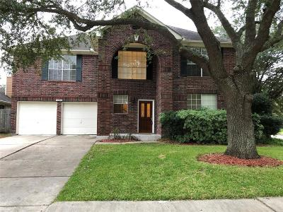 Friendswood Single Family Home For Sale: 15902 Camp Fire Road