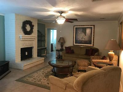 Sugar Land Single Family Home For Sale: 1427 Pinecroft Drive