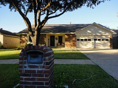 La Porte Single Family Home For Sale: 9807 Dover Hill