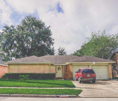 Single Family Home For Sale: 8406 Carmelwood Lane