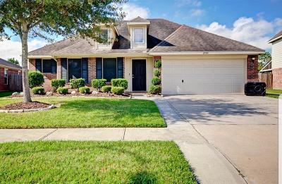 Deer Park Single Family Home For Sale: 2509 Horseshoe Bend