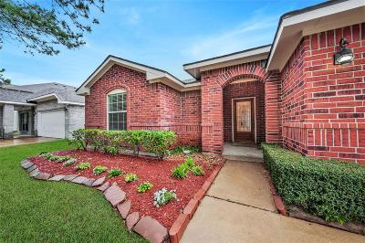 Single Family Home For Sale: 17222 Horsetooth Canyon Drive