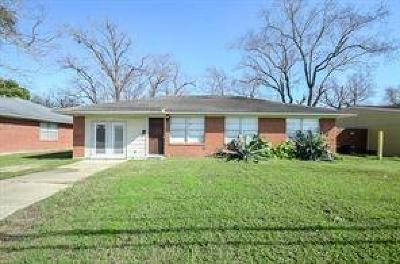 Pasadena Single Family Home For Sale: 2203 Strawberry Road
