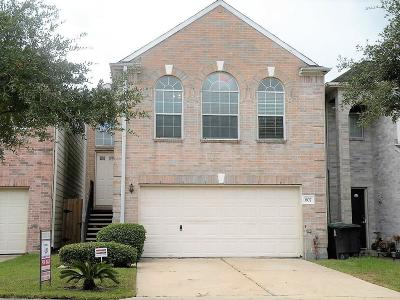 Houston Single Family Home For Sale: 807 Green Pines Forest