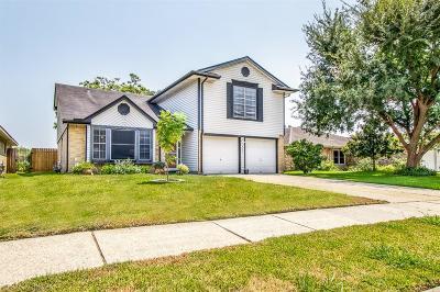 La Porte Single Family Home For Sale: 3803 Cottonwood Drive
