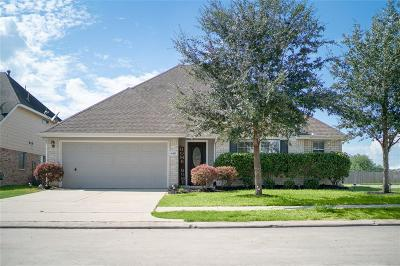 Pearland Single Family Home For Sale: 6417 Larrycrest Drive