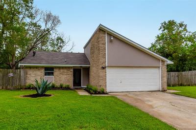 Alvin Single Family Home For Sale: 371 Somerset Court