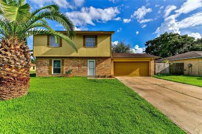 La Porte Single Family Home For Sale: 10012 Cardinal Street