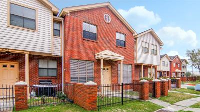 Stafford Condo/Townhouse For Sale: 1103 Dulles Avenue #803