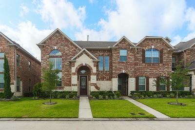 Houston Condo/Townhouse For Sale: 9131 Monarch Mist Lane