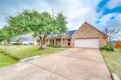 Needville TX Single Family Home For Sale: $265,000