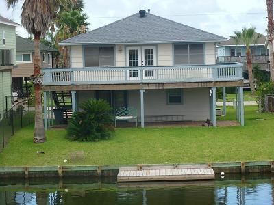 Bayou Vista Single Family Home For Sale: 890 Bonita Street