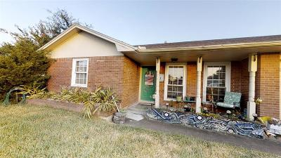 Galveston Single Family Home For Sale: 7013 Youpon Drive